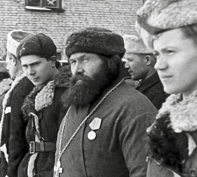 Священники - участники Победы: партизаны, пулеметчики, молитвенники